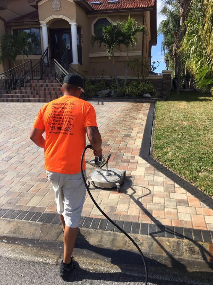 pressure cleaning contractor